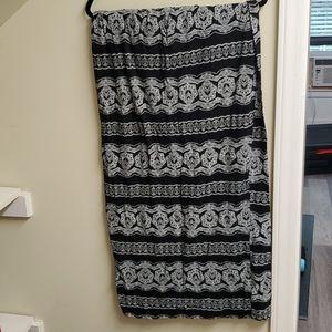 Black/White Maxi Skirt